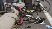 Carapaz encabeza protesta de ciclistas en Ecuador por colega muerto