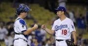 Dodgers se acercan a título de división; lucha cerrada por los comodines
