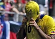 El 'Nine' Kaviedes reveló que intercambió la camiseta con Beckham