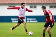 Saverio jugó un tiempo en amistoso del Osasuna