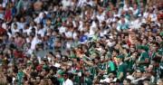 La FIFA impone multas a México y Serbia por la actitud de sus aficionados