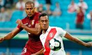 "El peruano Tapia rechaza un ""megacontrato"" del Lokomotiv Moscú"