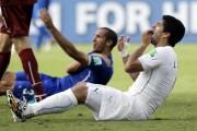 Chiellini disculpa y elogia a Suárez por el mordisco del Mundial 2014