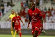 Gol y asistencia de la 'Yoya' en EAU