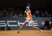 Sharápova vence a Makarova y avanza a cuartos de final en Stuttgart