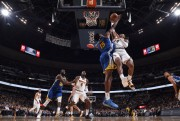 Nuggets quitan invicto a Warriors; Clippers ganan a Rockets, sin Paul (Resumen)