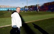 Iniesta critica las formas del Barça en el caso Valverde