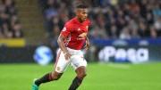 Futbolistas boicotean las redes sociales para luchar contra el racismo
