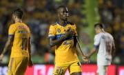 El Tigres golea 3-0 al Toluca con dos goles del ecuatoriano Enner Valencia