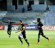 (2-0) Dos pinturitas del 'Cachorro' y victoria de Independiente