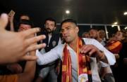 """Falcao se despide del Mónaco y saluda a la """"familia"""" del Galatasaray"""