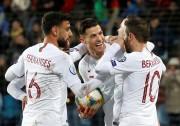 Portugal logra el pase a la Eurocopa y defenderá el título