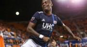 """Penilla le """"rompió la cadera"""" a rival en la MLS"""