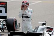 """Hamilton felicita a Bottas y explica: """"He peleado contra mi coche"""""""