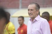 Luis Soler: una pasión gigante por el fútbol y un vínculo especial con el Ecuador (VIDEO)