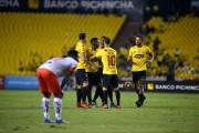 (2-1) Barcelona sufre, pero supera a Fuerza Amarilla en el Monumental