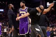 Anthony Davis rechaza opción último año con Lakers y buscará mejor contrato