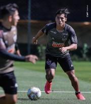 Franco fue titular en triunfo y clasificación de Mineiro