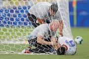 Rojas se entrena con normalidad y podrá jugar contra Argentina