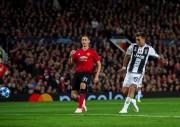 """El """"Toño"""" vio desde las gradas la derrota del United ante la """"Juve"""""""