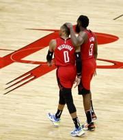 Harden consigue triple-doble; Jazz vuelven a ganar; Cavaliers dan la sorpresa