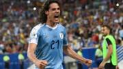 """Cavani analiza desde Uruguay """"muchas opciones"""" para su futuro"""