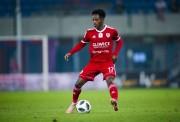 Joel Valencia en el 11 ideal de la liga polaca