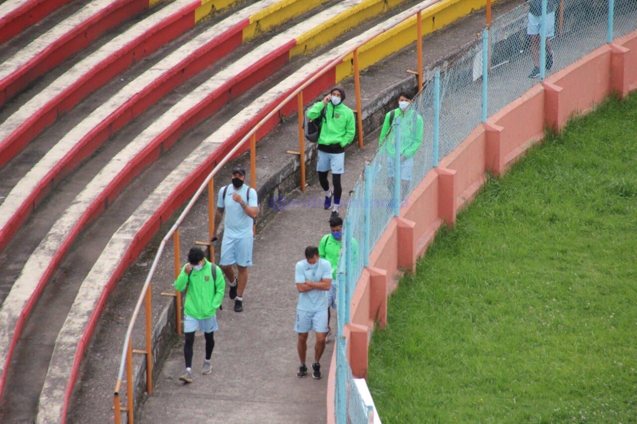 La plantilla seguirá firme en sus reclamos, la dirigencia de Deportivo Cuenca aún sin recursos para pagar deudas