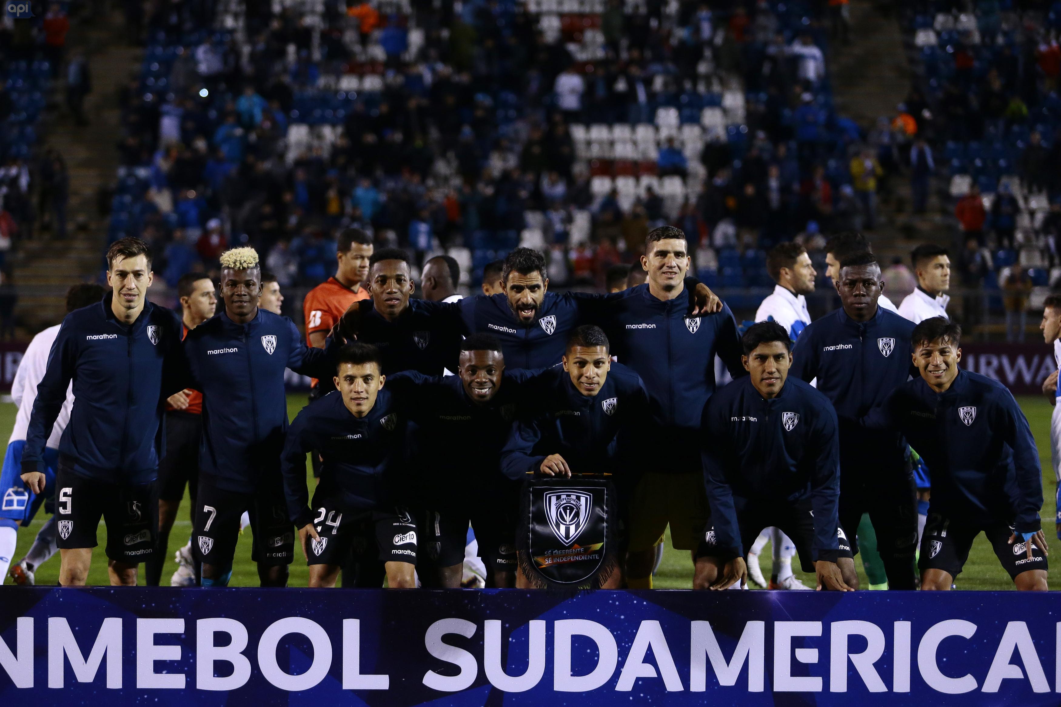 Independiente del Valle se medirá a Caracas, Universidad Católica enfrentará a Independiente de Avellaneda en octavos de final