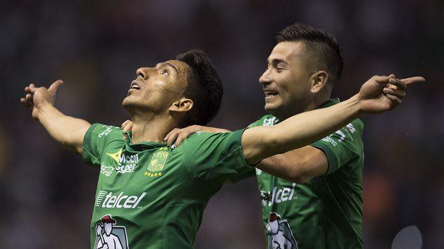 Doblete del ecuatoriano para que su equipo rompa récords en la Liga MX