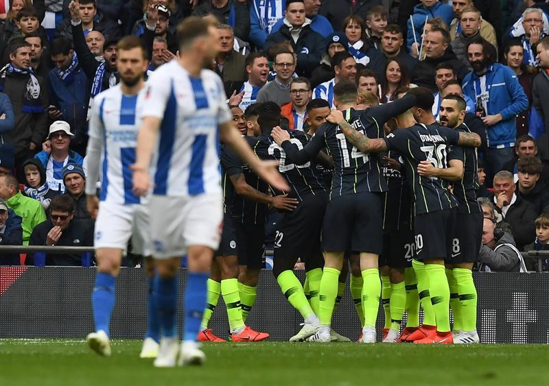 Los dirigidos por Guardiola esperan su rival para la definición del título