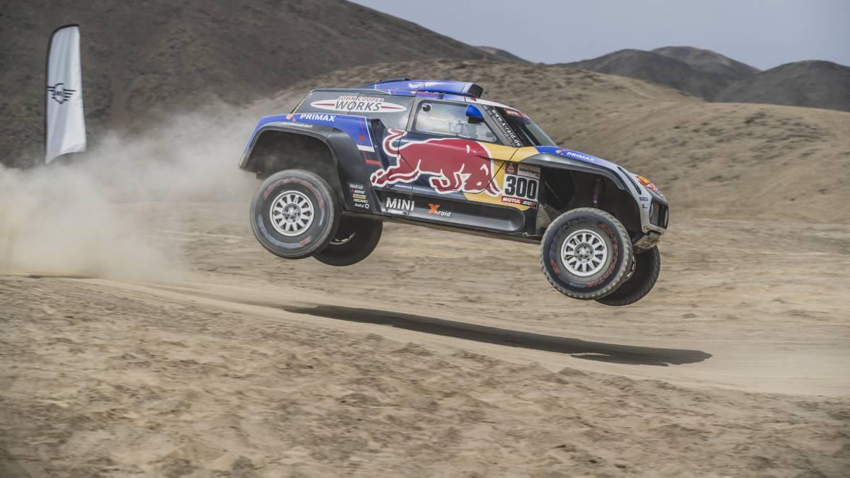 La segunda etapa de este Dakar se celebró entre las ciudades peruanas de Pisco y San Juan de Marcona, con un recorrido 553 kilómetros