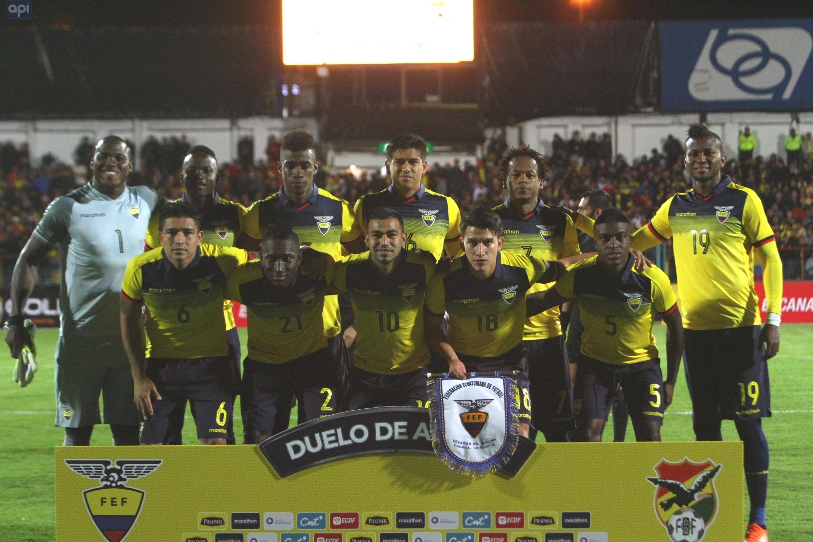 Jhon Espinoza, situación del país y duelo ante Argentina, en España