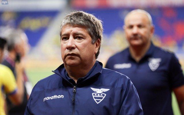 """El """"Bolillo"""" Gómez, a su llegada a Guayaquil, analizó el rendimiento de la """"Tri"""" en estos amistosos, sosteniendo que el camino aún es largo"""