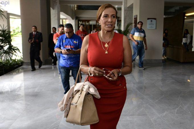 Presidenta de El Nacional habló sobre el plantón de la hinchada e hizo una grave denuncia en contra de Luis Granda, histórico elemento 'criollo'