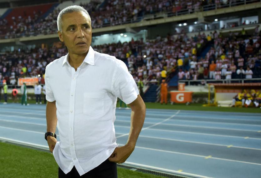 El DT colombiano intentará igualar la campaña de Mario Salas, quien hizo campeón al Sporting Cristal