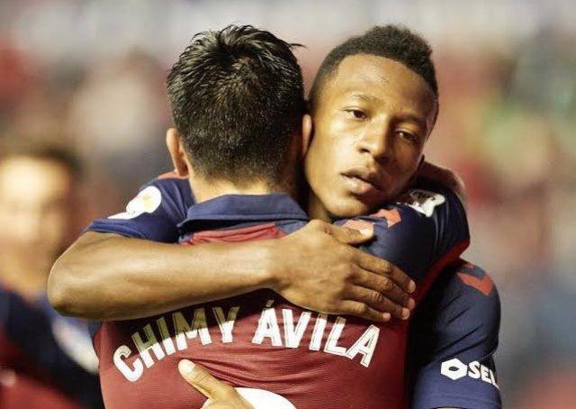 El ecuatoriano dio una asistencia en nueva victoria de su escuadra