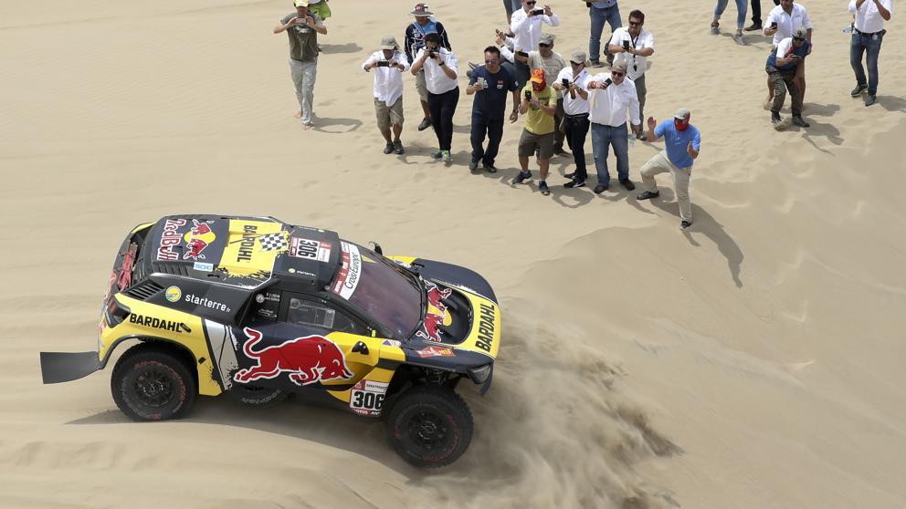 El francés sumó así su undécima victoria de etapa en el Dakar al hacer el mejor tiempo del día