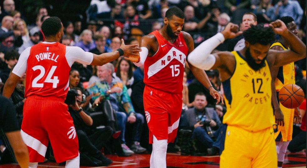 Norman Powell anotó 23 puntos y encabezó una lista de ocho jugadores que tuvieron números de dos dígitos que permitieron a los Raptors vencer por 121-105 a los Pacers