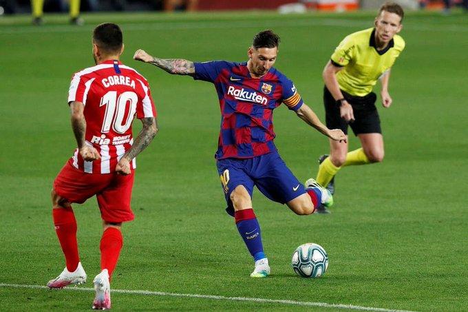 El gol 700 de Messi no le alcanzó al Barcelona y Real Madrid sigue en la punta
