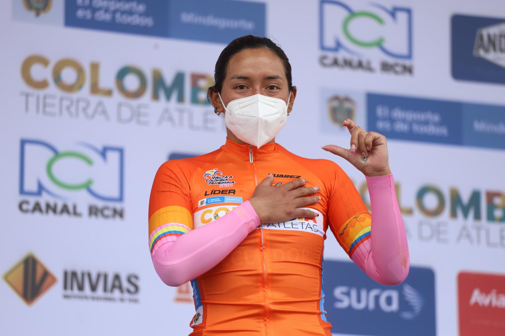 La ciclista del equipo Liro Sport lidera la general y este martes es la etapa final de la competencia