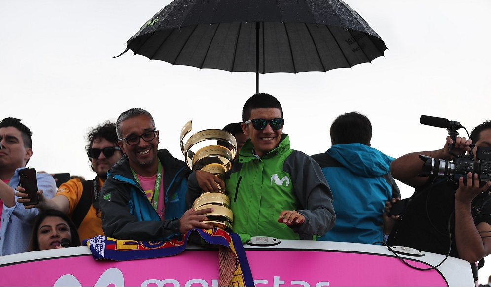 El ciclista ecuatoriano además agradeció el apoyo de todos los aficionados, quienes se volcaron a recibirlo