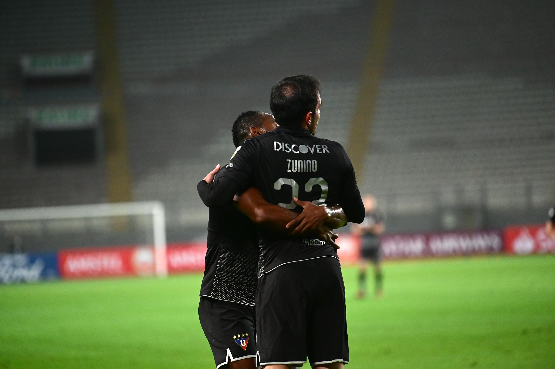 El uruguayo anotó el gol del triunfo, en el regreso universitario a la Copa Libertadores