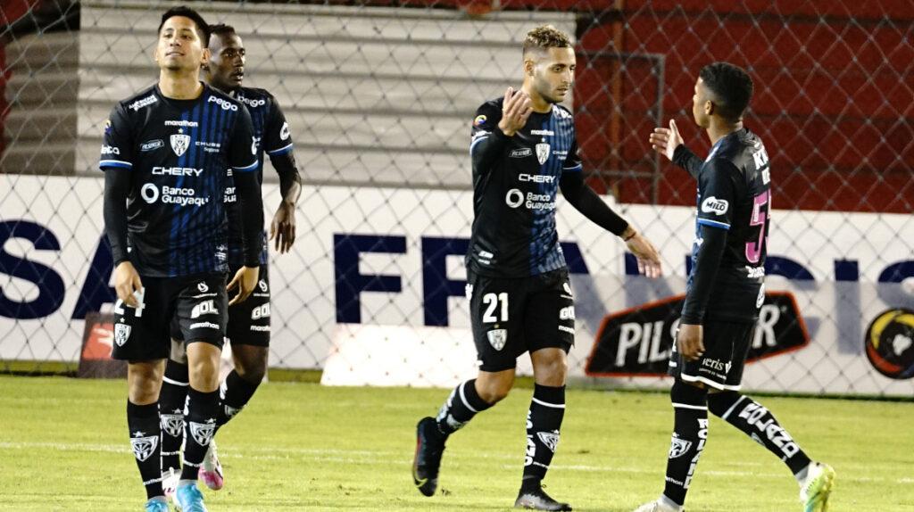 En el reinicio de la actividad, se jugaron tres adelantos de la LigaPro