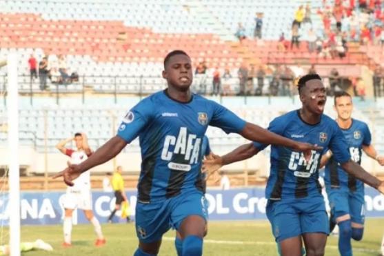 Abel Casquete y Jerry León arrancaron como titulares en el empate de Zulia ante Deportivo Lara por la Copa Venezuela