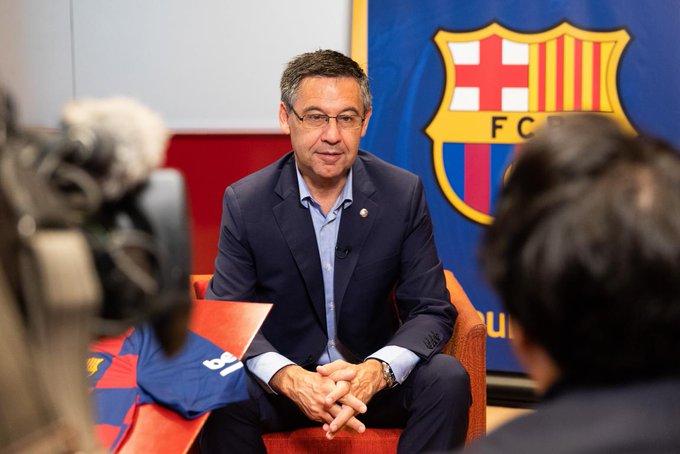 Según las cifras presentadas, el resultado final del ejercicio refleja unos ingresos récord en la historia del Barcelona de 990 millones de euros