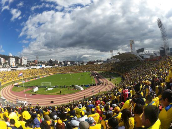Esta decisión se tomó ante un anuncio de la alcaldía de Quito de que expedirían el permiso