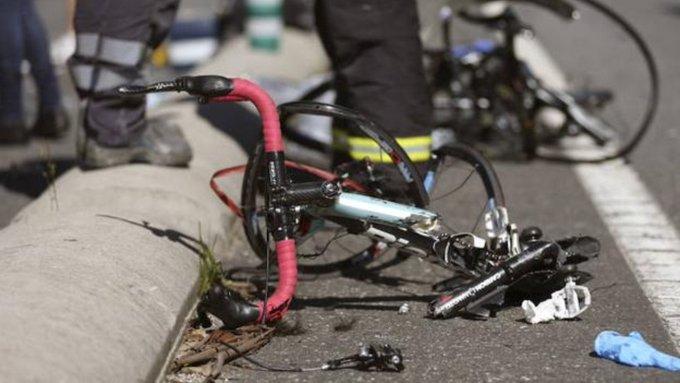 El pedalista ecuatoriano Rubén Darío Tatés murió el miércoles tras ser atropellado en ruta por un vehículo cuando se entrenaba en el cantón San Pedro de Huaca