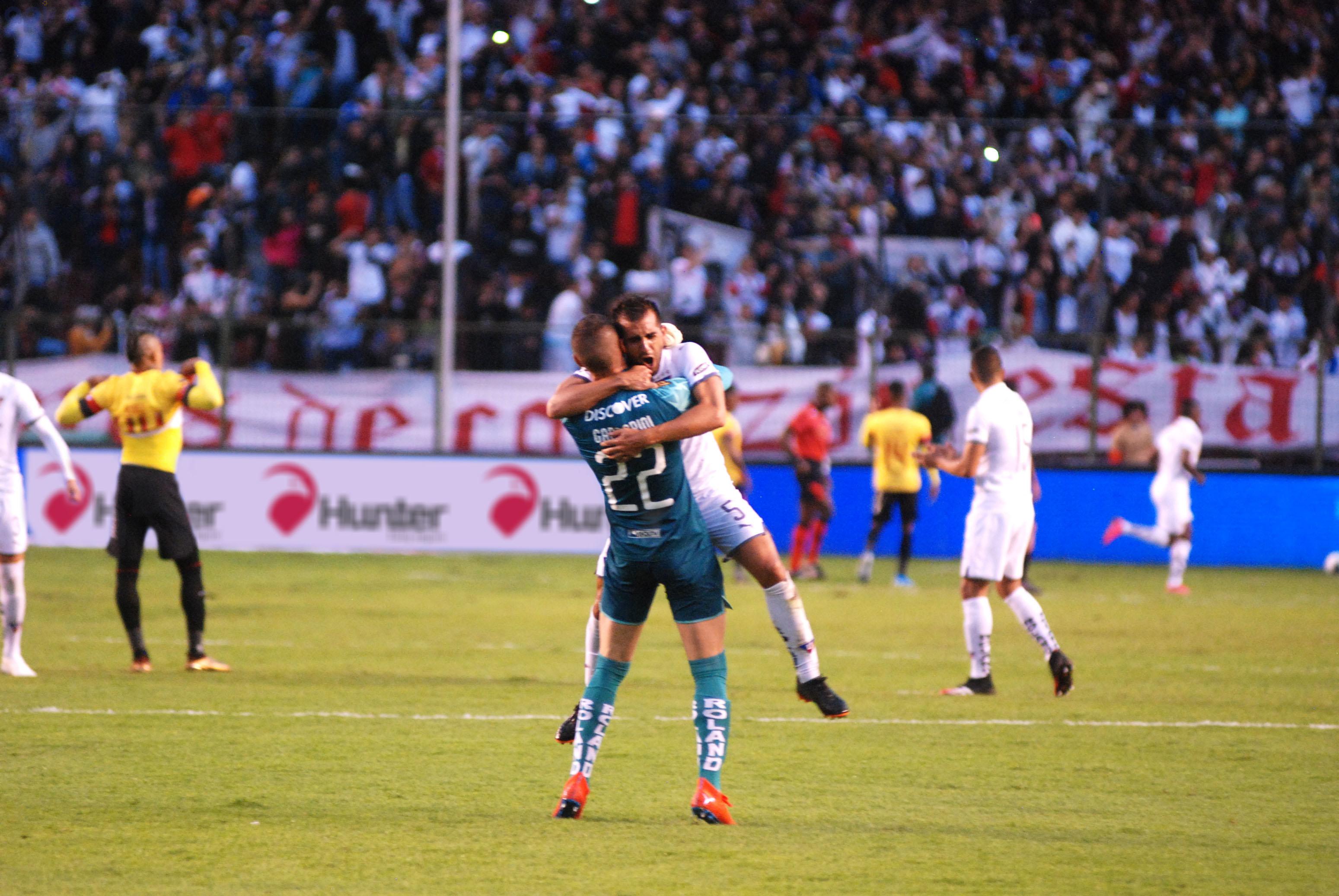 Lucas Villarruel analizó los trabajos de la 'U' en Pomasqui, el aspecto económico en el equipo albo y demostró su respaldo a Pablo Repetto