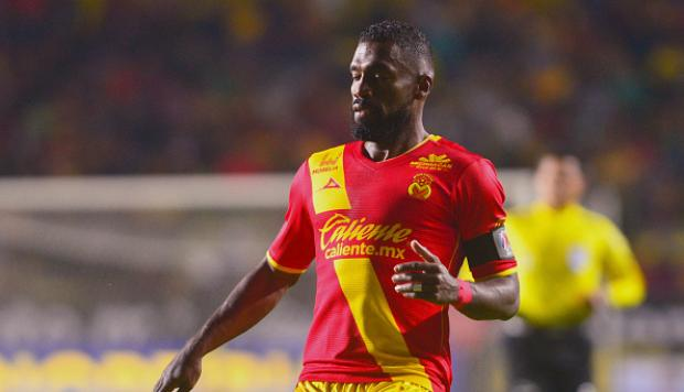 El ecuatoriano jugó todo el partido en la caída de su equipo ante Toluca